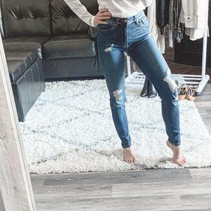 KanCan Size 24 Distressed Jeans